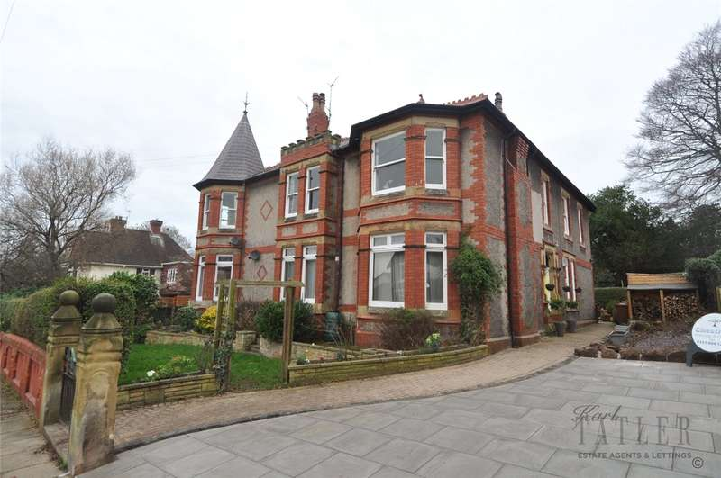 4 Bedrooms Flat for sale in Townfield Road, West Kirby, Wirral