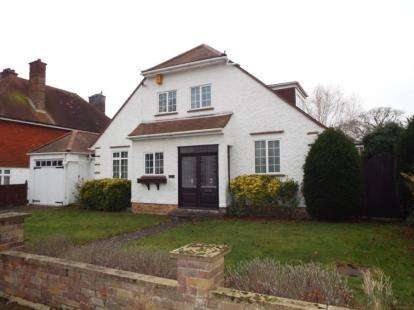 4 Bedrooms Detached House for sale in Frinton-On-Sea, Essex