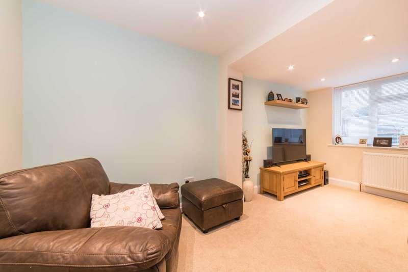 3 Bedrooms Semi Detached House for sale in Woodhall Farm, Hemel Hempstead