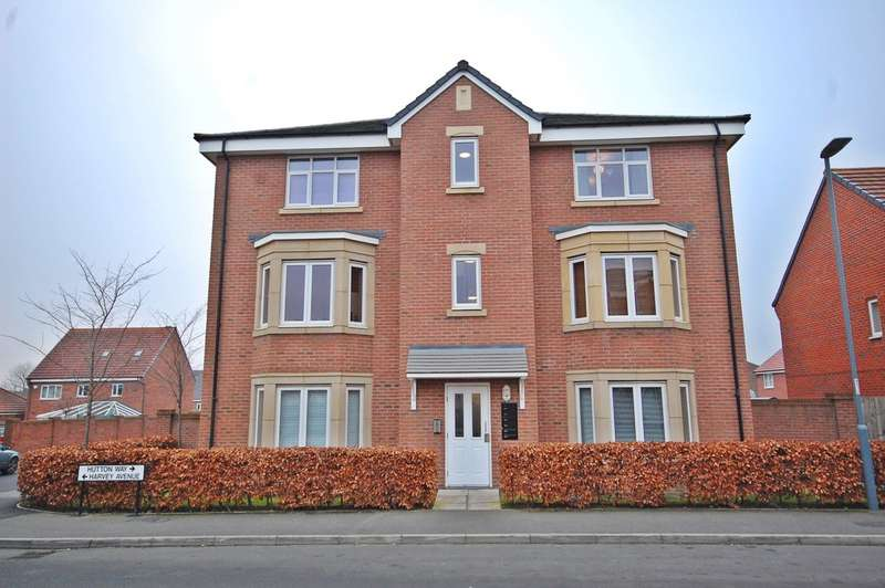 2 Bedrooms Flat for sale in Hutton Way, Framwellgate Moor, Durham