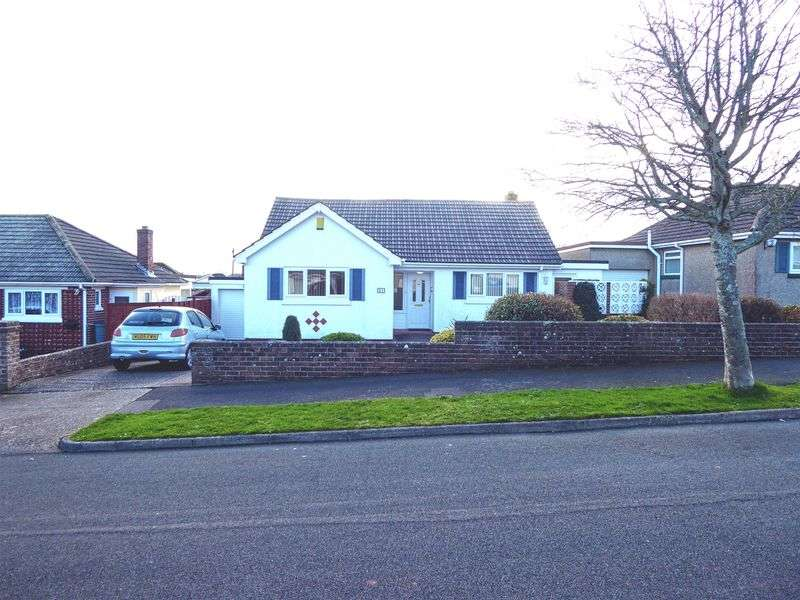 2 Bedrooms Bungalow for sale in Linacre Road, Torquay