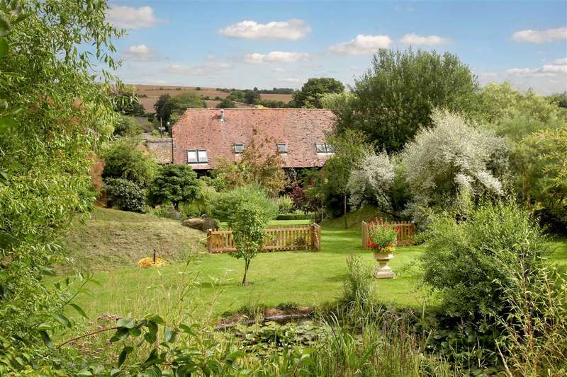 6 Bedrooms Detached House for sale in First Stone Barn, Eastbury