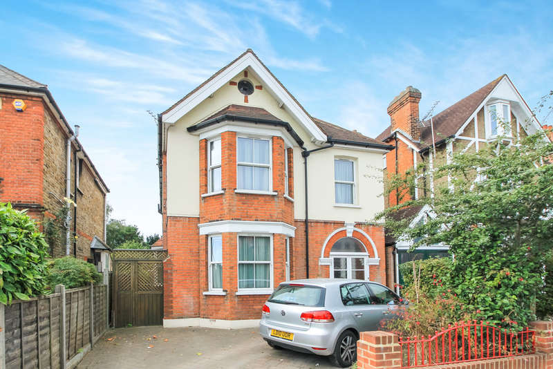 5 Bedrooms Detached House for sale in Ewell Road, Surbiton