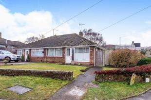 3 Bedrooms Bungalow for sale in West Ridge, Sittingbourne, Kent