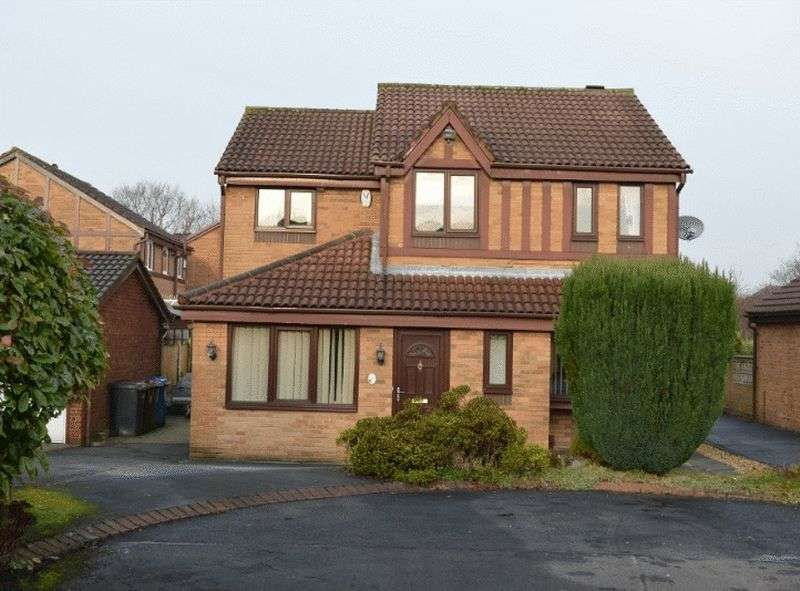 4 Bedrooms Detached House for sale in Middlewood, Lowton, WA3 2QG