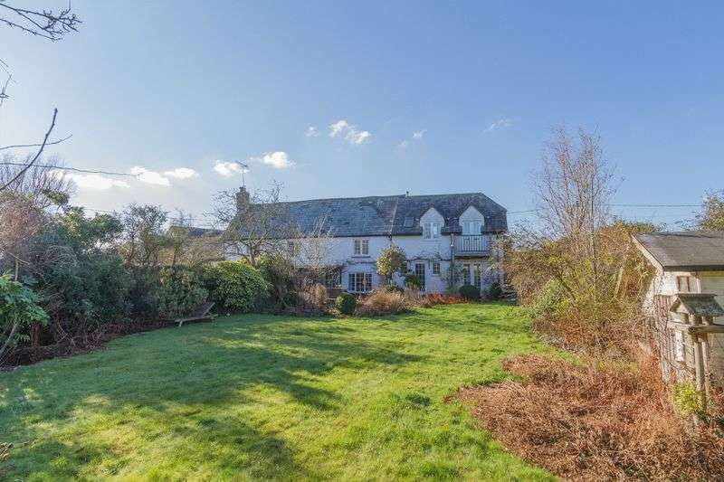 4 Bedrooms Semi Detached House for sale in Sweetham, Newton St Cyres