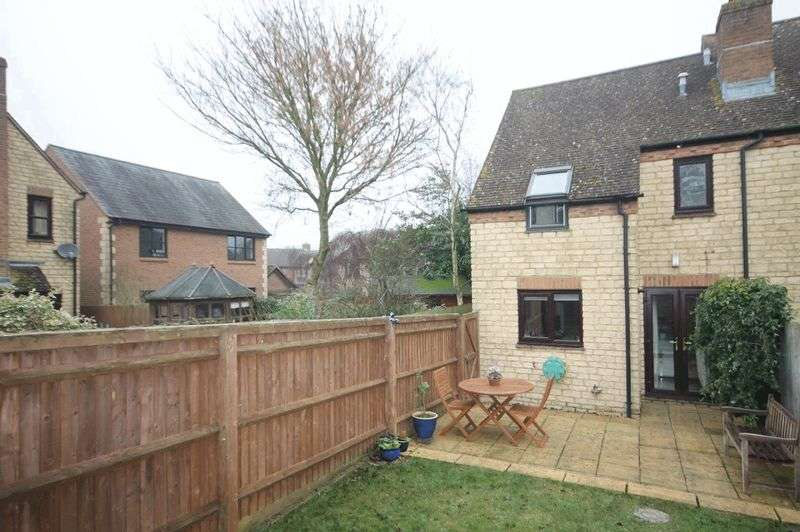 2 Bedrooms House for sale in KIDLINGTON