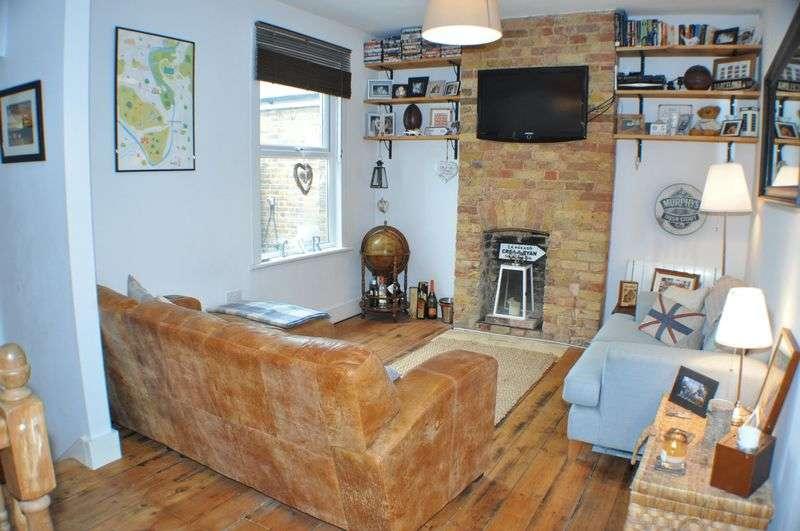 2 Bedrooms Flat for sale in Waldegrave Road, Teddington