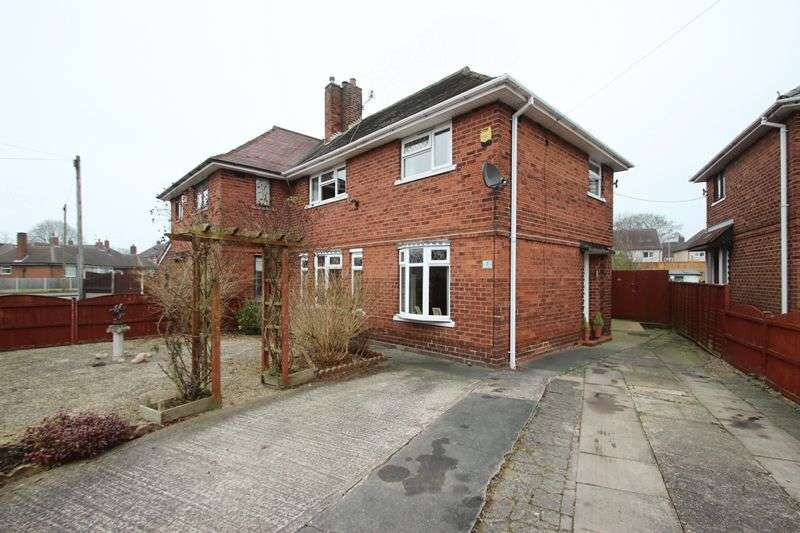 3 Bedrooms Semi Detached House for sale in Grove Avenue, Kidsgrove