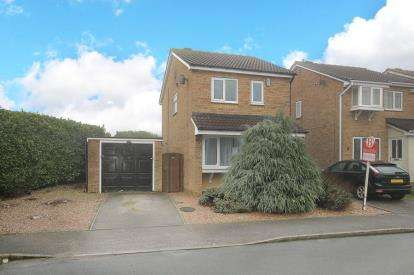 3 Bedrooms Detached House for sale in Askam Court, Bramley, Rotherham, South Yorkshire