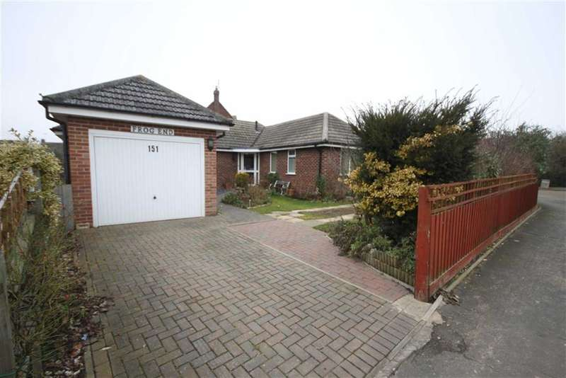 3 Bedrooms Property for sale in Manderston Road, Newmarket, Suffolk
