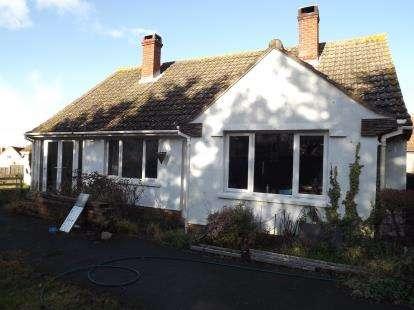 3 Bedrooms Bungalow for sale in Catcott, Bridgwater, Somerset
