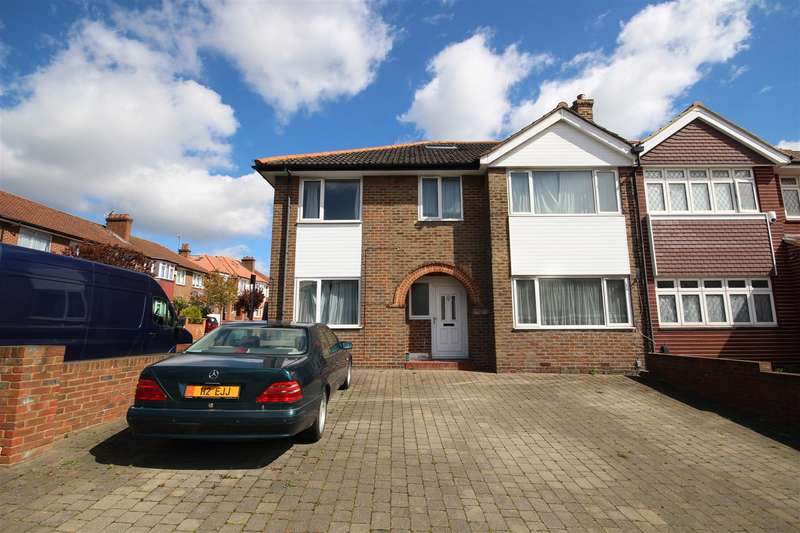 6 Bedrooms House for sale in Bowes Road, London W3