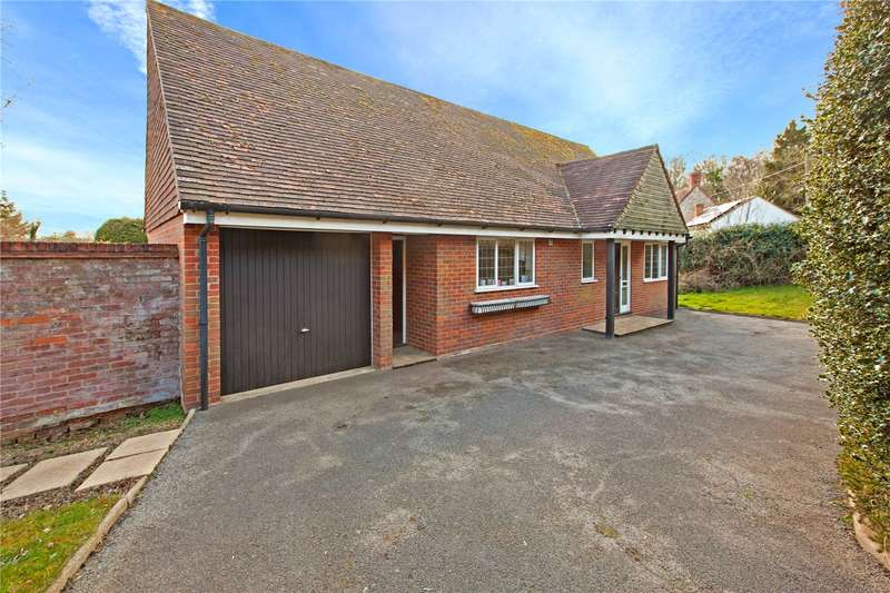 2 Bedrooms Detached Bungalow for sale in Marlow Common, Marlow, Buckinghamshire, SL7