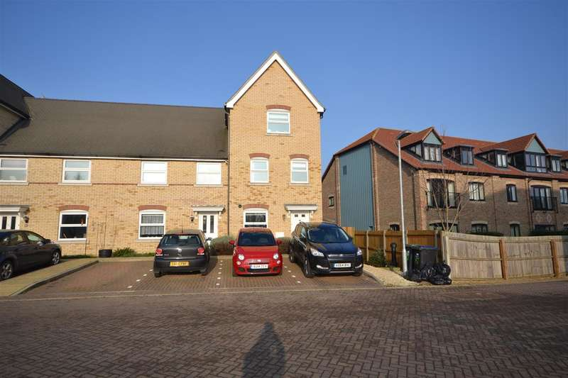 4 Bedrooms End Of Terrace House for sale in Dobede Way, Soham