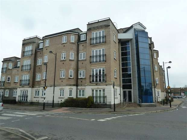 2 Bedrooms Flat for sale in Lake Street, Leighton Buzzard, Bedfordshire