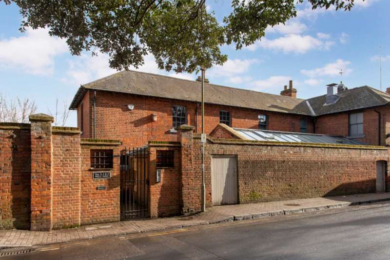 2 Bedrooms Apartment Flat for sale in Kings Road, Henley On Thames