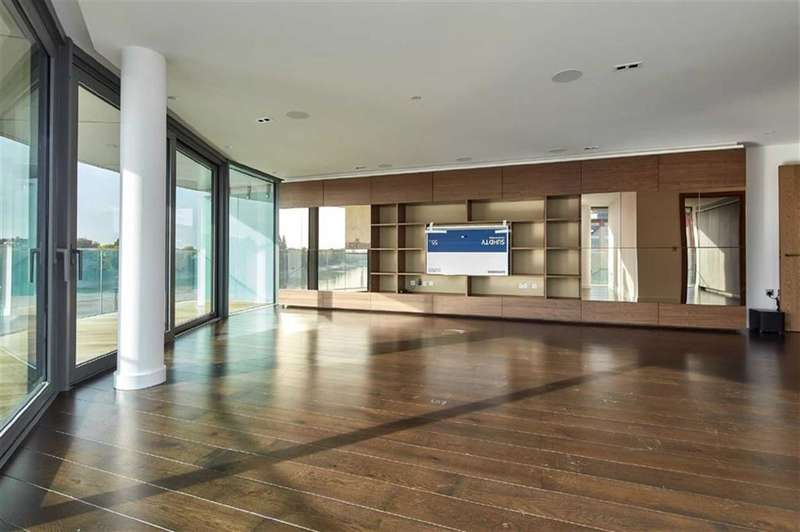 3 Bedrooms Property for sale in Goldhurst House, Fulham Reach, Fulham, London, W6