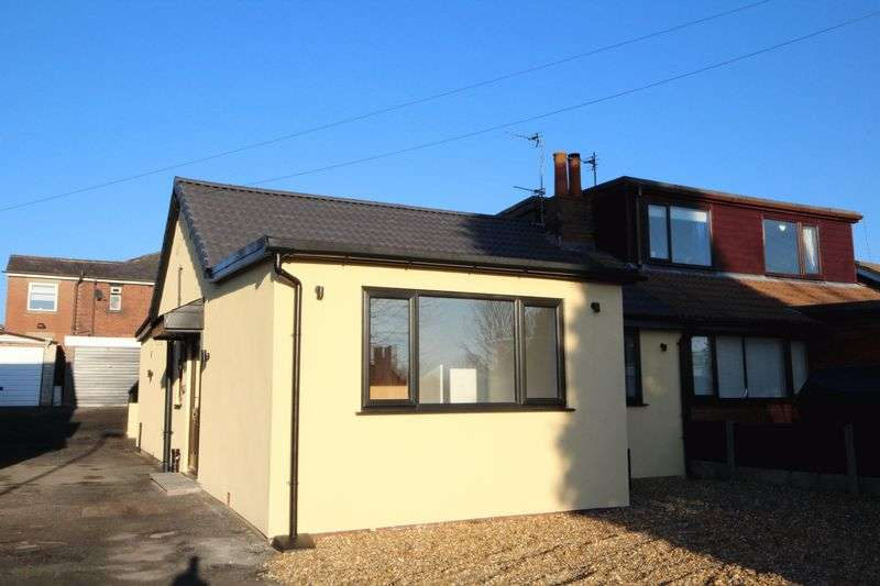 2 Bedrooms Semi Detached Bungalow for sale in LONGFIELD PARK, Shaw, Oldham OL2 7BU