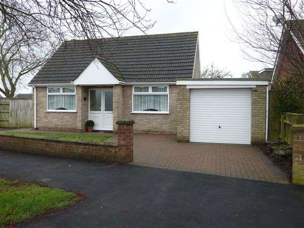 2 Bedrooms Detached Bungalow for sale in NICHOLSON ROAD, HEALING
