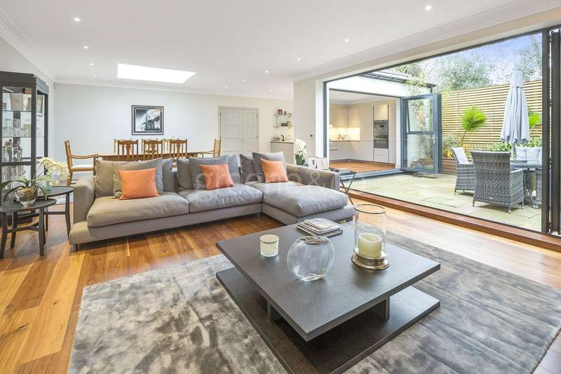3 Bedrooms Detached House for sale in Hungerford Road, Holloway, London, N7