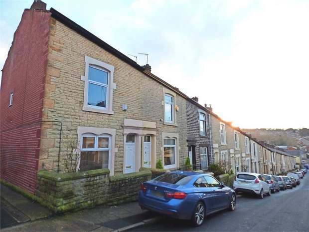 3 Bedrooms End Of Terrace House for sale in Cavendish Street, Darwen, Lancashire
