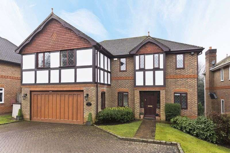 5 Bedrooms Detached House for sale in Oriental Road, Sunninghill