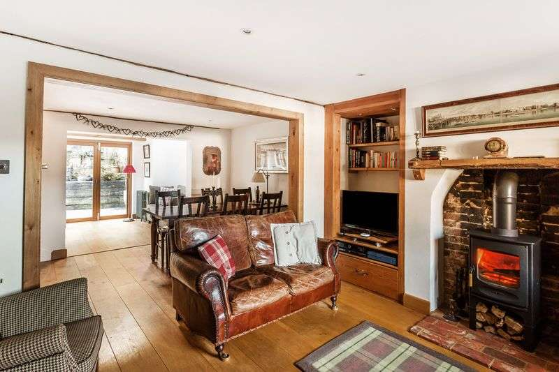3 Bedrooms Semi Detached House for sale in Sandpit Cottages, Buckland