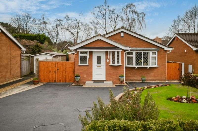 4 Bedrooms House for sale in Spencer Close, Alsager, Stoke-On-Trent, ST7