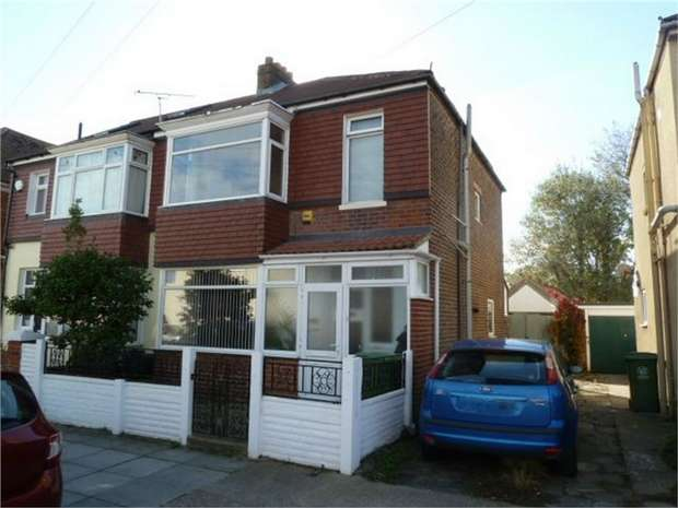 3 Bedrooms Semi Detached House for sale in Teignmouth Road, Portsmouth, Hampshire