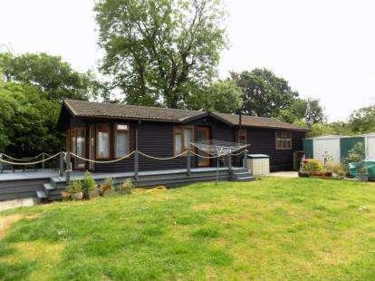 4 Bedrooms Mobile Home for sale in Galleywood, Chelmsford, Essex