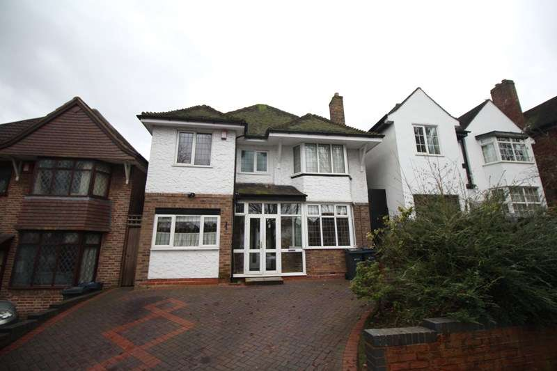 5 Bedrooms Detached House for sale in Brook Lane, Kings Heath, Birmingham