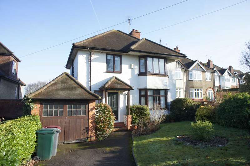 3 Bedrooms Detached House for sale in Kidmore Road, Caversham Heights