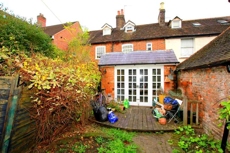 3 Bedrooms Cottage House for sale in 3 BED VICTORIAN COTTAGE, LONDON ROAD,BOXMOOR