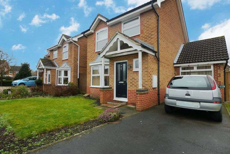 3 Bedrooms Detached House for sale in USK WAY