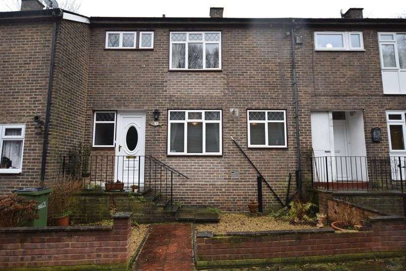 3 Bedrooms Terraced House for sale in Revell Rise, London
