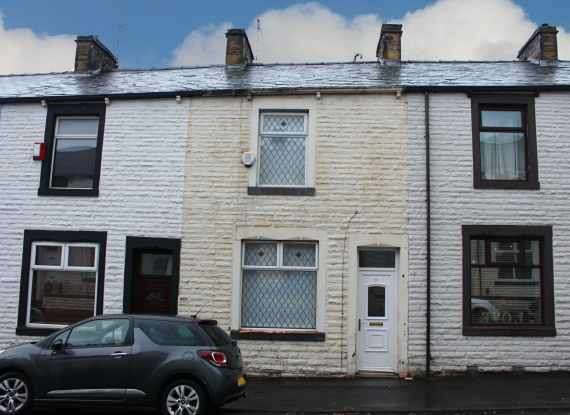 3 Bedrooms Terraced House for sale in Lionel Street, Burnley, Lancashire, BB12 6RA