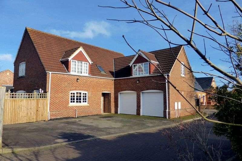4 Bedrooms Detached House for sale in Harpers Court, Emneth, Norfolk