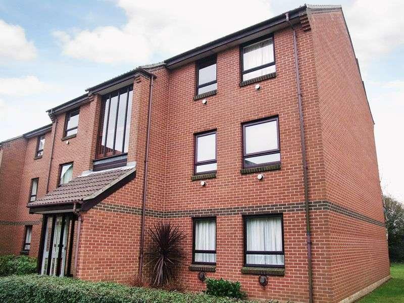 2 Bedrooms Flat for sale in Bentley Way, Norwich
