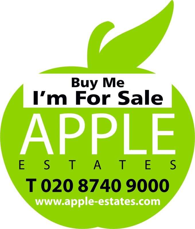 3 Bedrooms Semi Detached House for sale in Hay Lane, Kingsbury