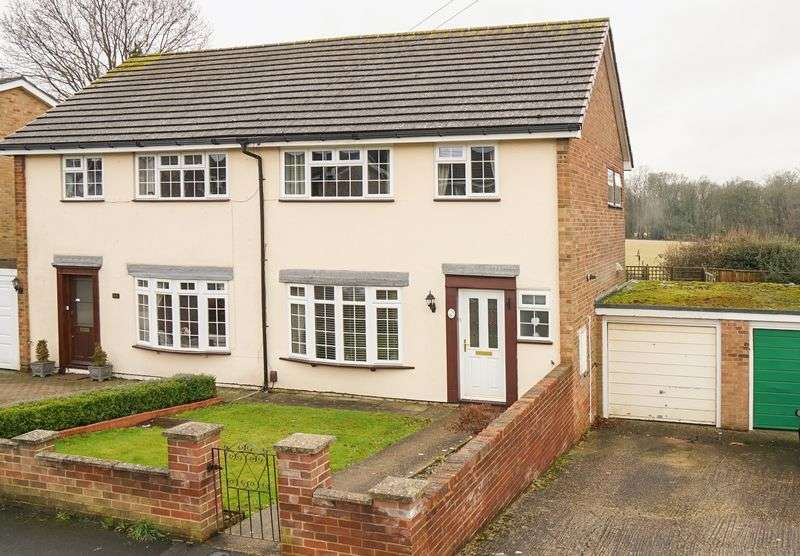 3 Bedrooms Semi Detached House for sale in Bright Ridge, Southborough