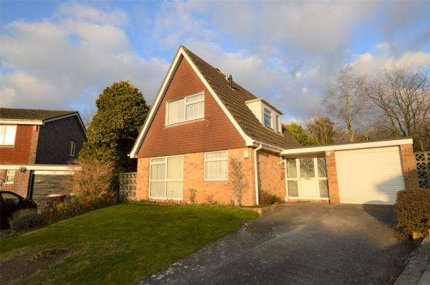 3 Bedrooms Detached Bungalow for sale in Pendennis Close, Plymouth, Devon