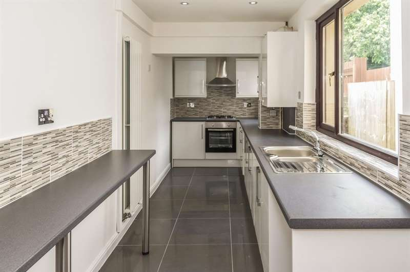 3 Bedrooms Terraced House for sale in Freeman Street, Brynhyfryd, Swansea