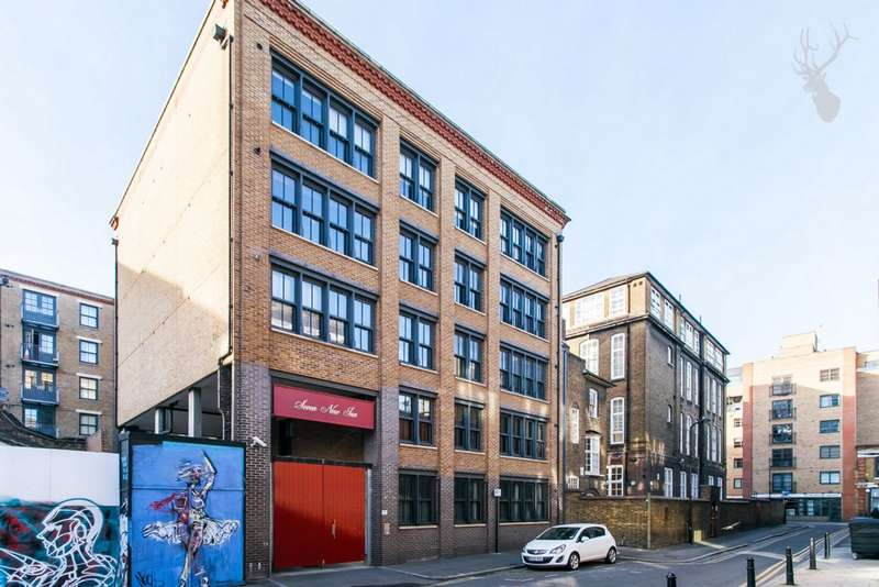 2 Bedrooms Flat for sale in New Inn Broadway, Shoreditch, EC2A