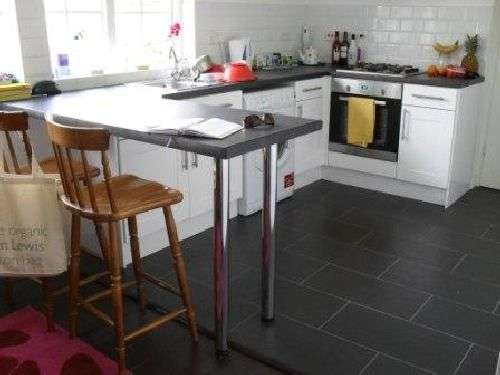 5 Bedrooms House Share for rent in Hawton Crescent, Wollaton, Nottinghamshire, NG8 1BZ