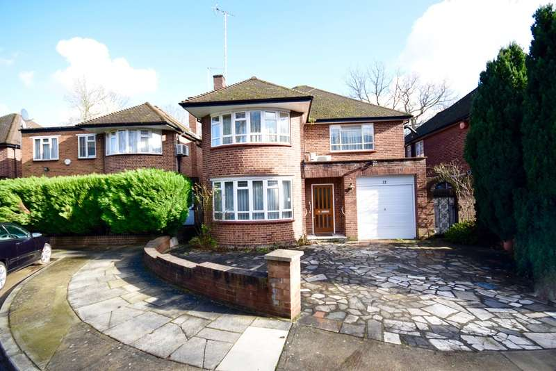 4 Bedrooms Detached House for sale in DANESCROFT GARDENS, HENDON, LONDON, NW4