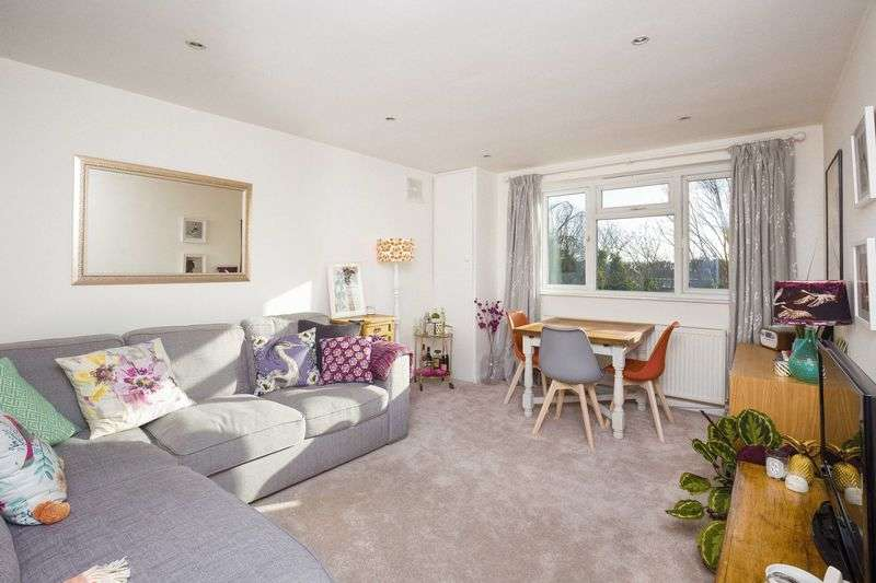 1 Bedroom Flat for sale in Berry Lodge, Crouch Hill, N4