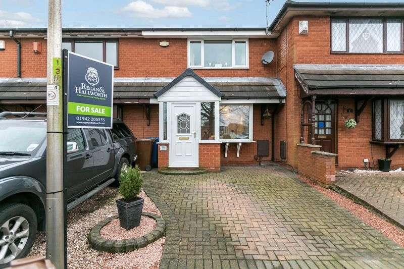 2 Bedrooms Terraced House for sale in Baucher Road, Worlsey Mesnes, WN3 5XN