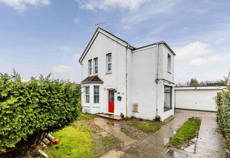 4 Bedrooms Detached House for sale in Tournerbury Lane, Hayling Island
