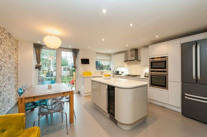 3 Bedrooms Terraced House for sale in Townfield, Rickmansworth, WD3 7DD